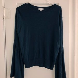 Blue Leith Sweater with large sleeves